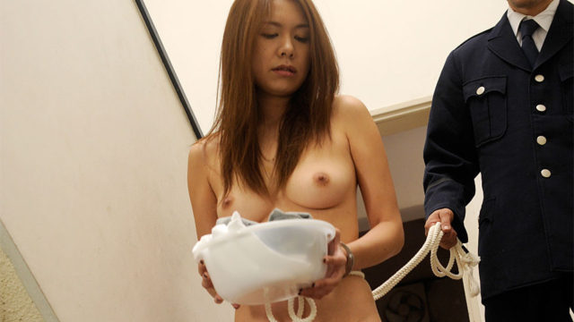 Candy prisoner slut fucked by a sexy guard