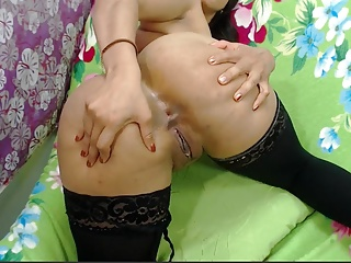Massive Butt Shaved Latina Makes use of Dildo Ass to Mouth