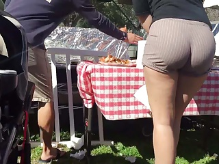 Wow Juicy Booty Candid