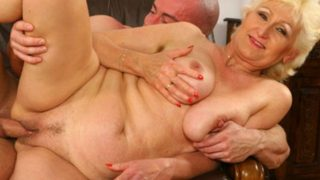 Attractive blonde opens broad for a fist-fuck
